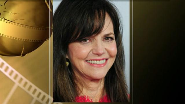 Sally Field Dishes on 'Lincoln' Casts' Golden Globe Nods