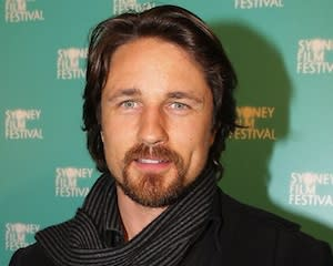 Pilot Scoop: Off the Map's Martin Henderson Joins The Secret Lives of Husbands and Wives
