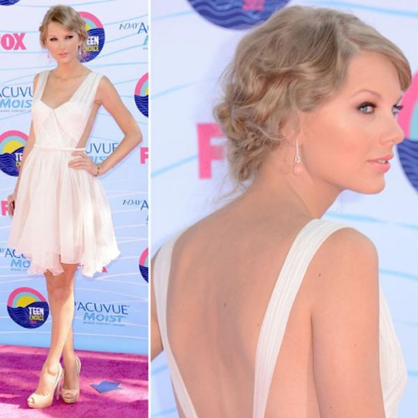 Taylor Swift Stunned The Crowed Upon Arrival At The 2012 Teen Choice