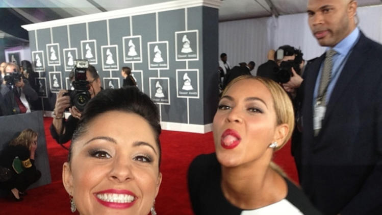 Hey, is that Dave Grohl?: Ten awesome celebrity photobombs