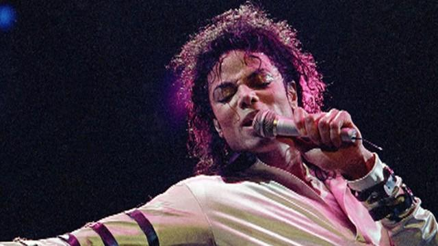 Michael Jackson Obsessed with Pills, Shopping, Kids, Book Says