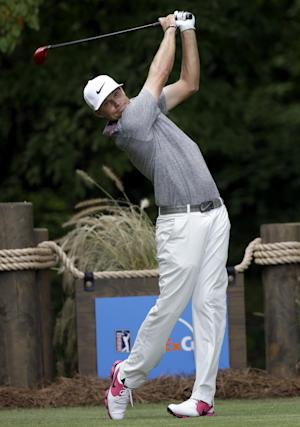 Tricky 18th hole helps Villegas win Wyndham