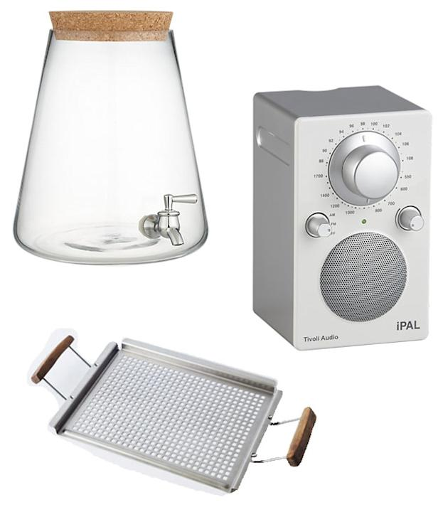These ultra-cool party essentials will make your backyard BBQ easy and fun: