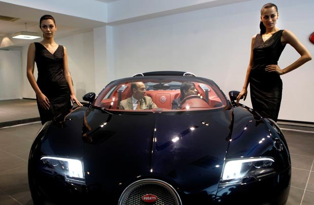auto spy shots spy shots of latest car new car information upcoming cars. Black Bedroom Furniture Sets. Home Design Ideas