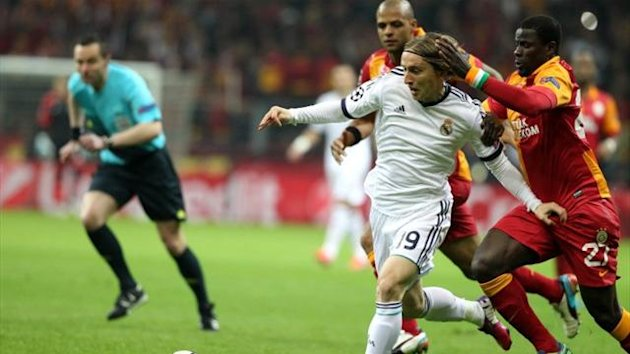 Luka Modric, Emmanuel Eboue, Galatasaray, Real Madrid