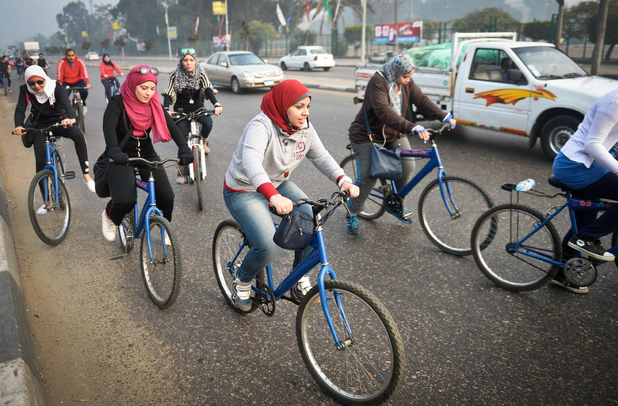 Egyptian female cyclists pedal for acceptance