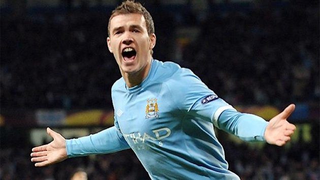 Football 2012 Manchester City Dzeko