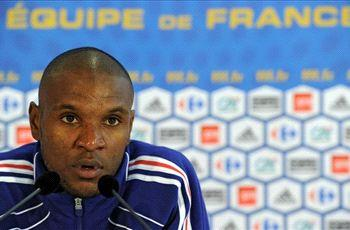 Abidal keen to prolong France career
