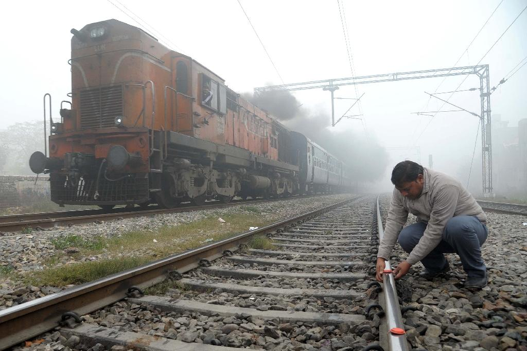 India pledges $137 bn to modernise railways