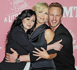 Jennie Garth Reunites With Shannen Doherty, Ian Ziering at 40th Birthday