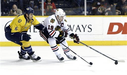 Blackhawks beat Predators 1-0
