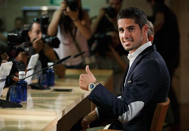 Isco Joins Real Madrid CF