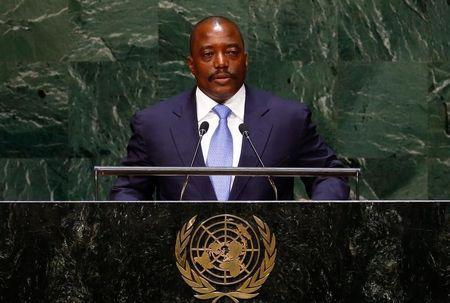 Western diplomats pressure Congo's Kabila to end election law standoff