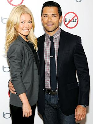 Kelly Ripa: We're Not Replacing Regis Philbin With Mark Consuelos