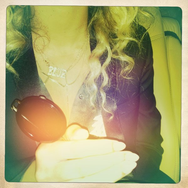 Beyonce Wears Baby Blue-Inspired Nameplate Necklace