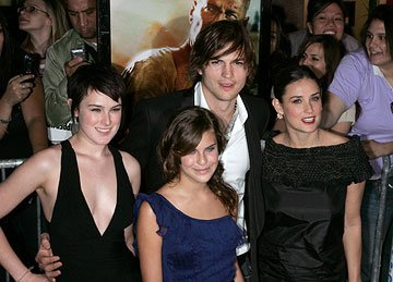 Rumer Willis , Tallulah Willis, Ashton Kutcher and Demi Moore at the New York premiere of 20th Century Fox's Live Free or Die Hard