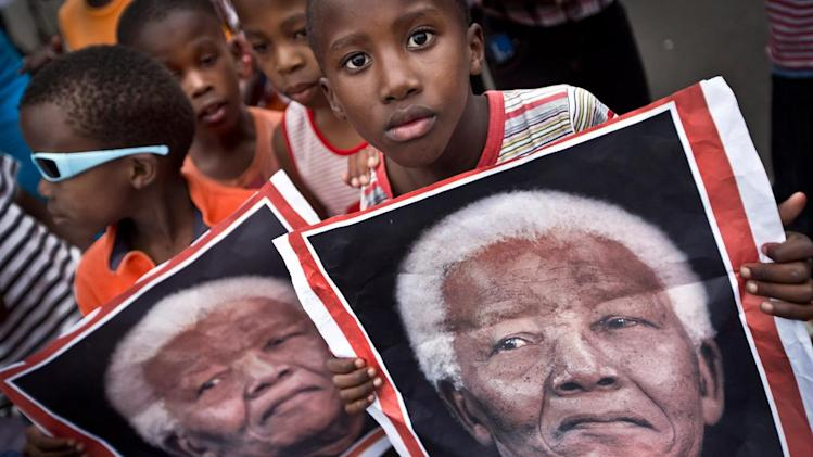 Nelson Mandela death: South Africa prepares for burial