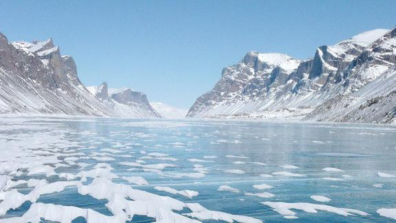 Glaciers Morph Lickety-Split as Climate Changes