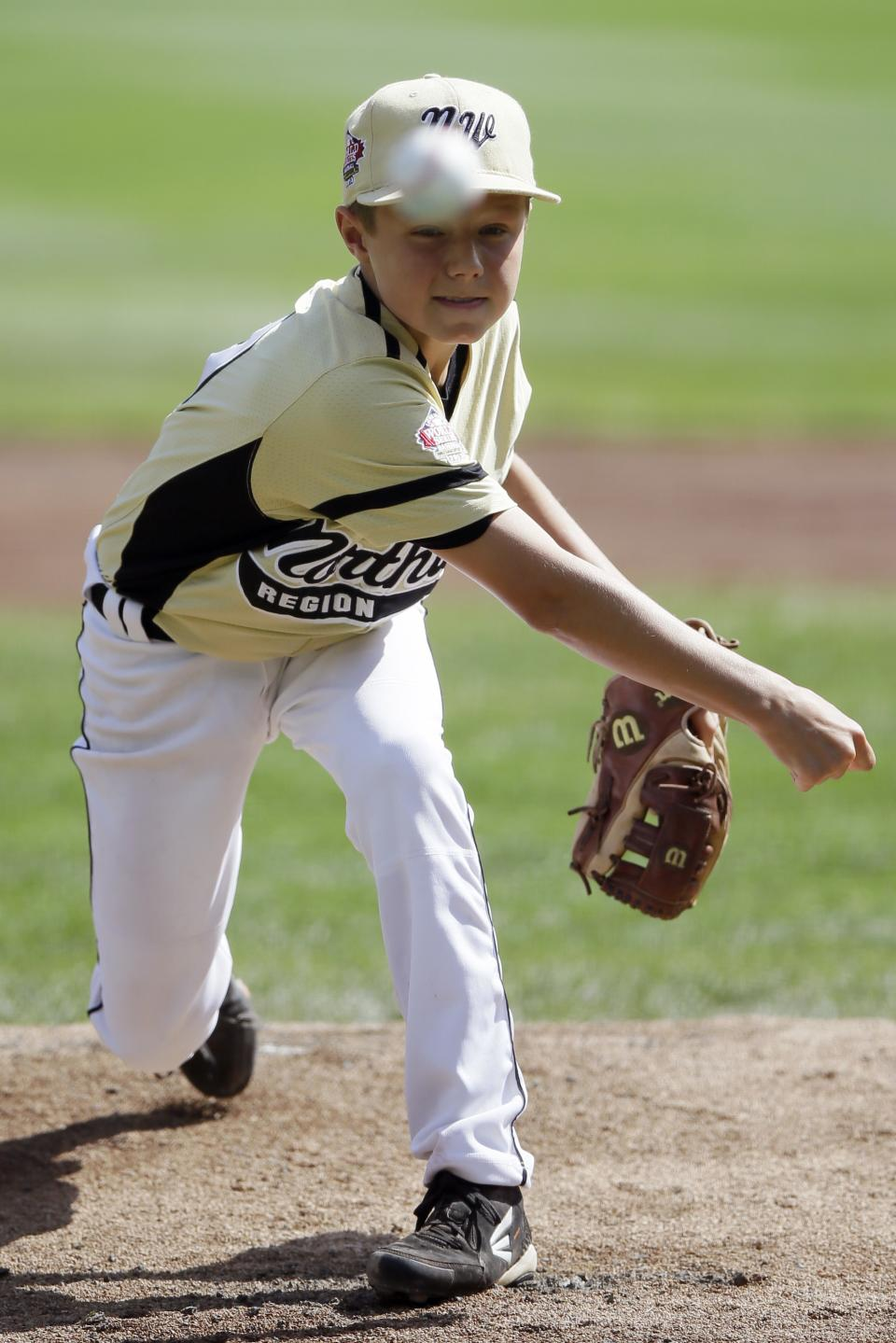 Sammamish, Wash.'s Dalton Chandler pitches during the first inning of an elimination baseball game against Westport, Conn. at the Little League World Series tournament, Friday, Aug. 23, 2013, in South Williamsport, Pa. (AP Photo/Matt Slocum)