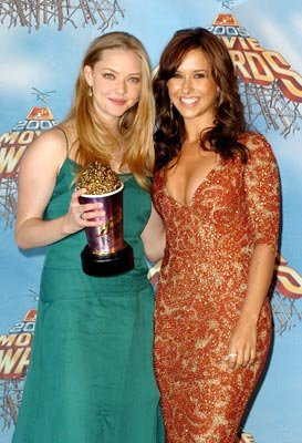 """Best On-screen Team"" winners Amanda Seyfried and Lacey Chabert MTV Movie Awards 2005 - Backstage Los Angeles, CA - 6/4/05"