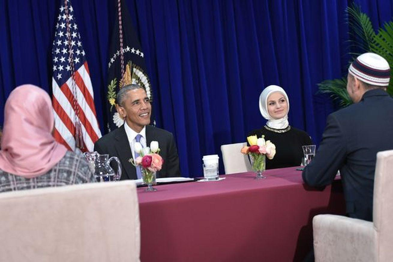 Vox Sentences: President Obama visited a mosque. You'll never guess what happened next.