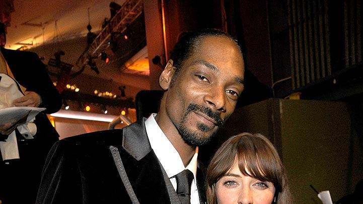 Snoop Dogg Feist CC Aw