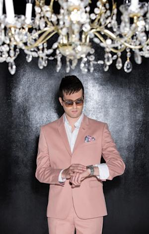 Mayer Hawthorne Flips the Script on New Album 'Where Does This Door Go'