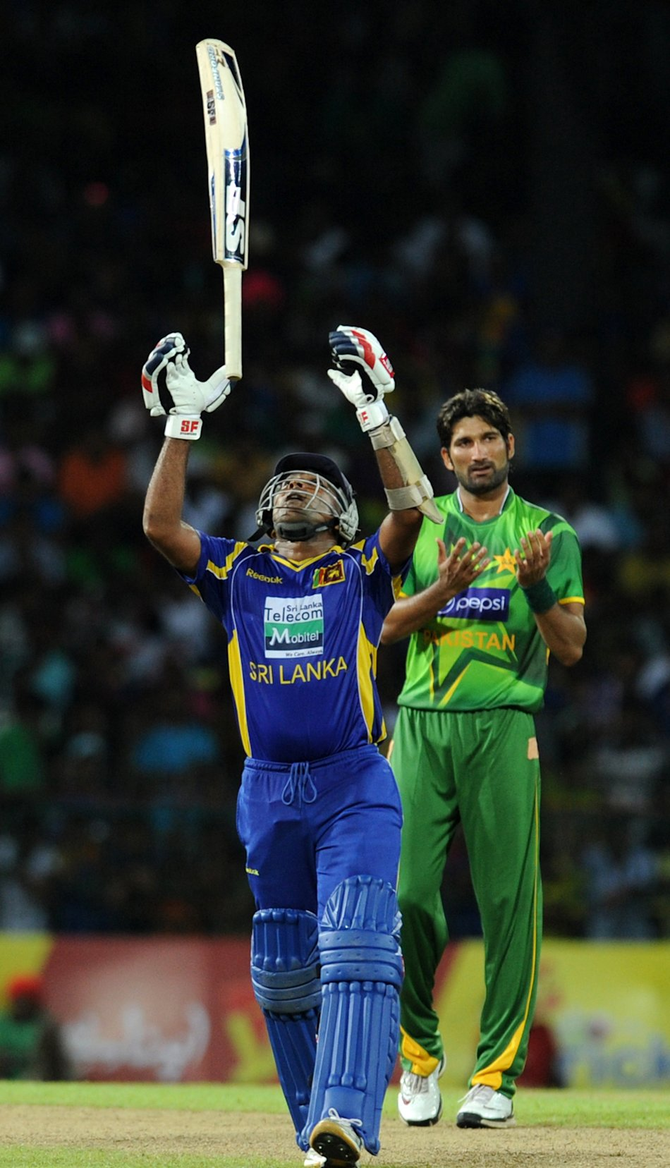 Sri Lankan captain Mahela Jayawardene th