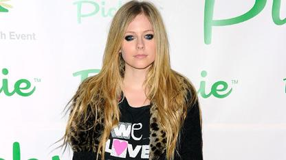 Listen: Avril Lavigne Covers Nickelback