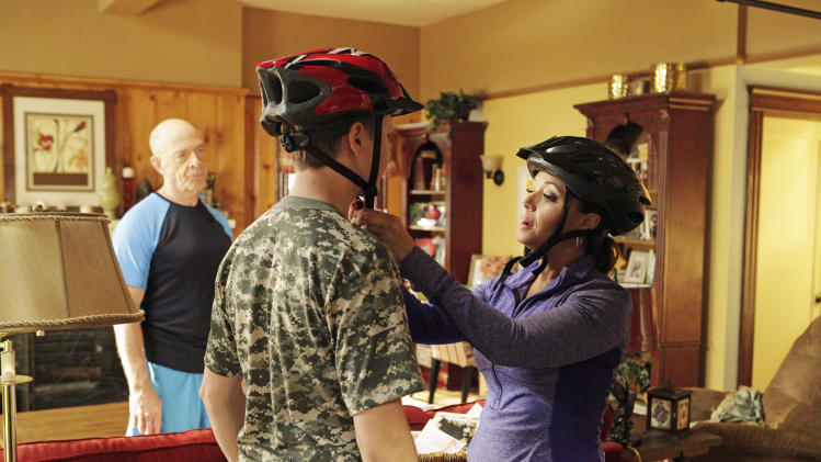 Remini back in sitcom business with 'Family Tools'