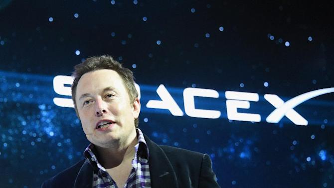 Elon Musk and SpaceX have a satellite internet project in the works.