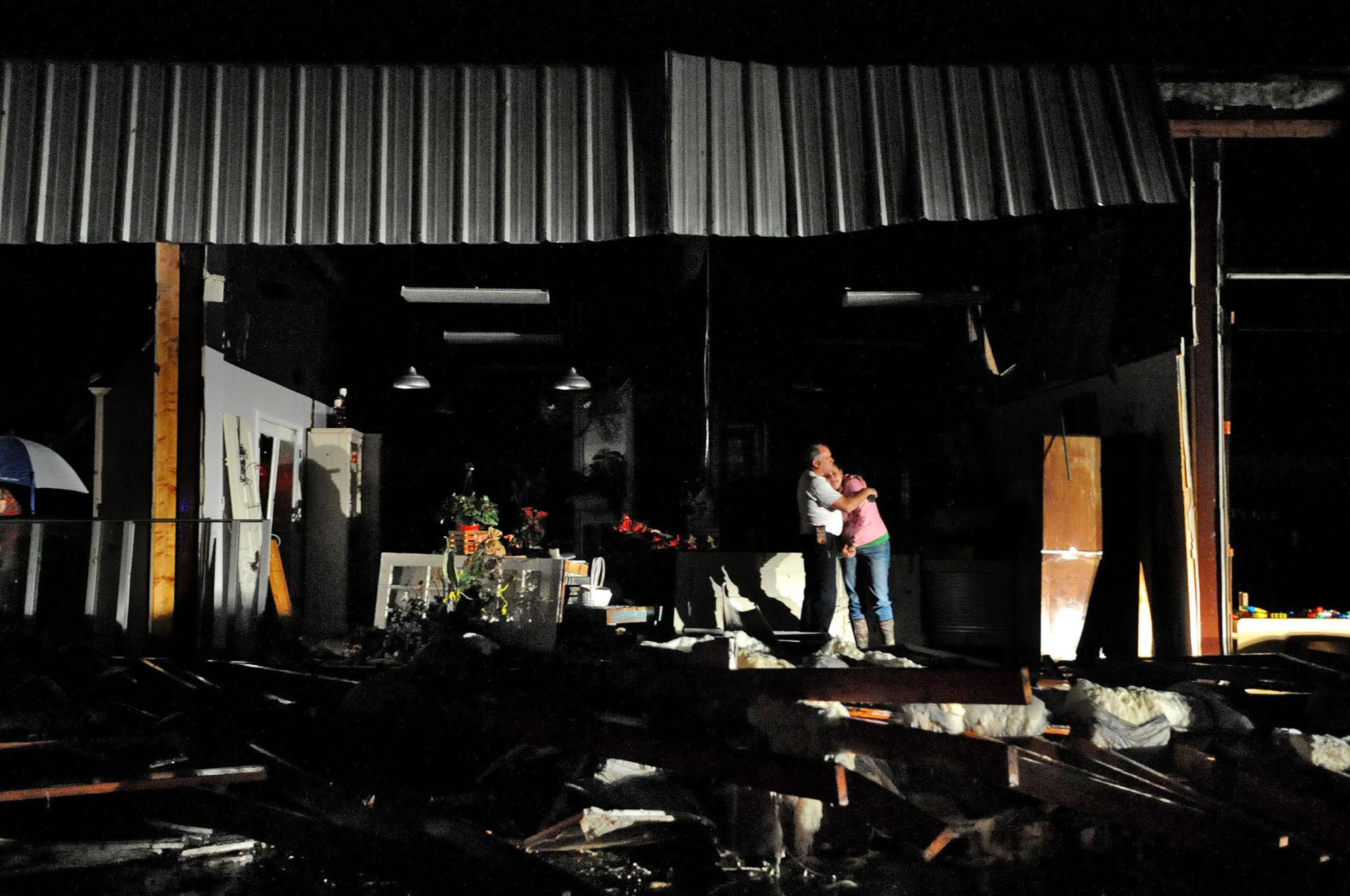 Severe storms slam the South, killing at least 4