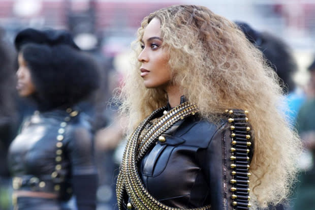 All Black Everything: There's An Anti-Anti-Beyoncé Protest Happening