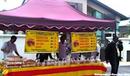 Gerakan objects to stalls outside Ambiga&#39;s house