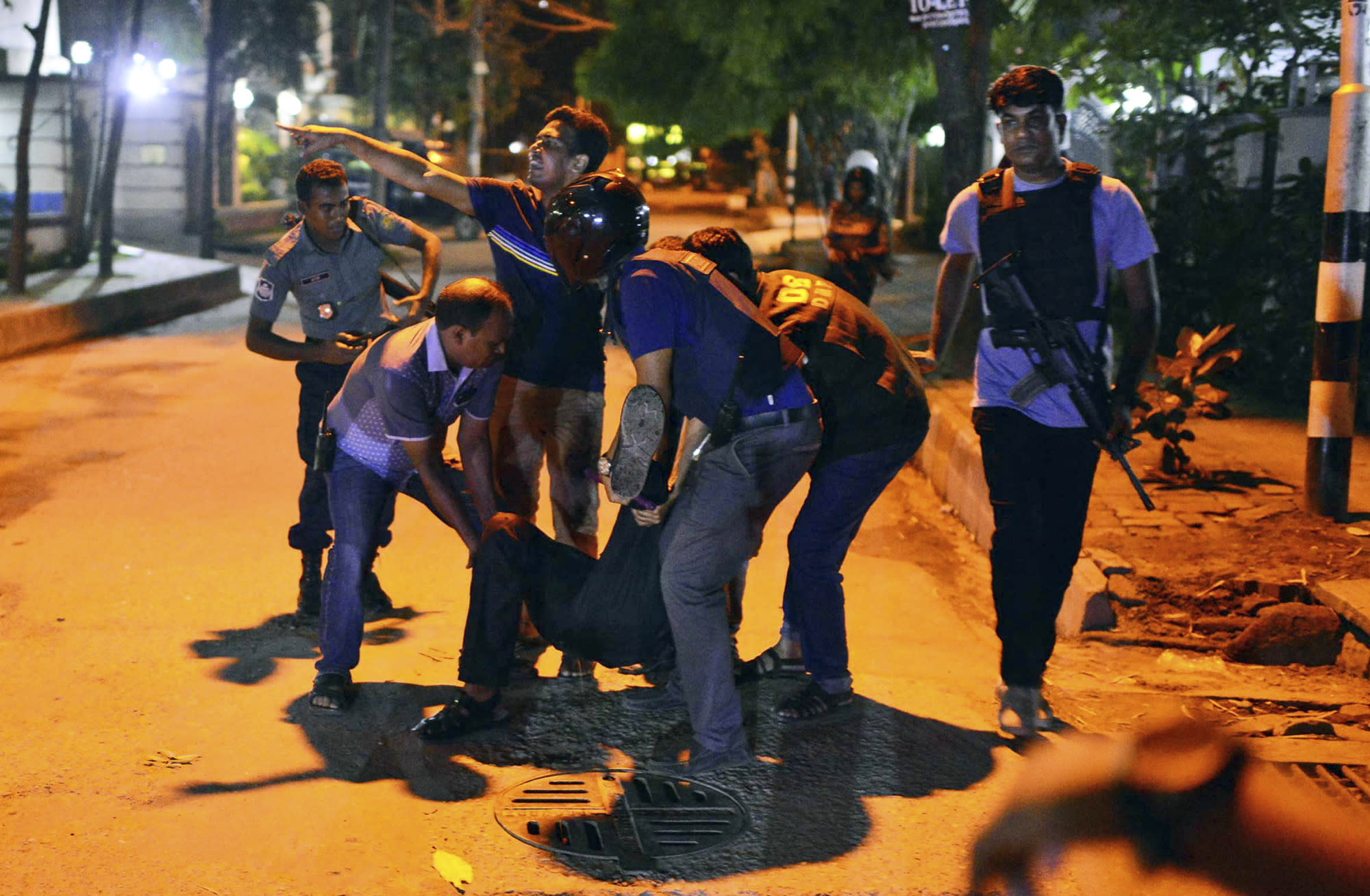 Attackers take hostages at Dhaka restaurant