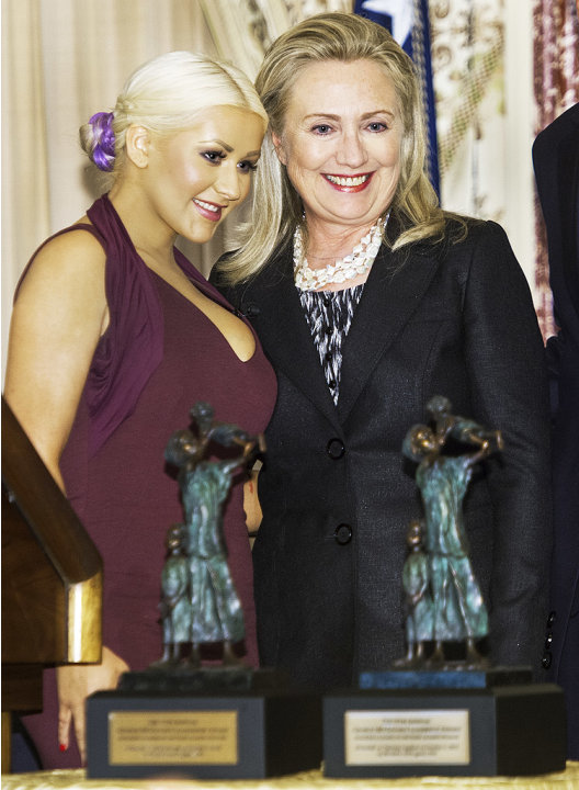 Christina Aguilera, Hilary Clinton