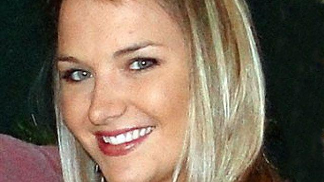Aimee Copeland makes remarkable strides
