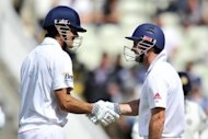 Cook piles on agony for insipid India - Yahoo!