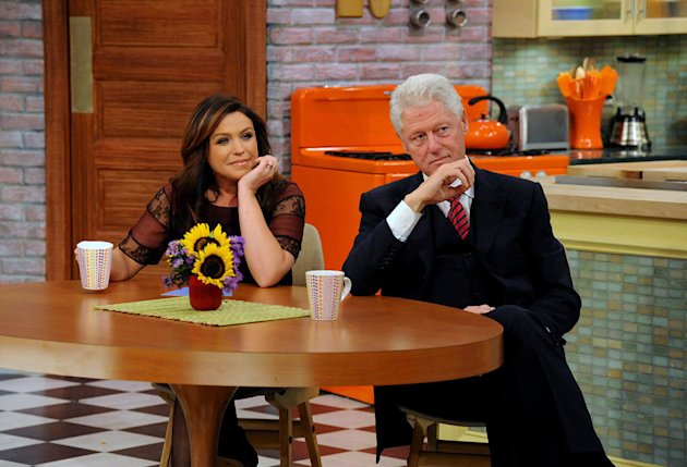 "Rachael Ray and President Bill Clinton on ""The Rachael Ray Show."""
