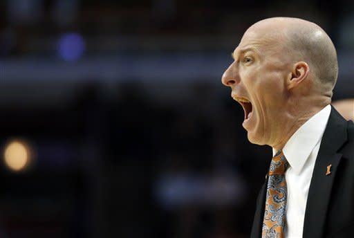 Paul jumper lifts Illinois over Minnesota, 51-49