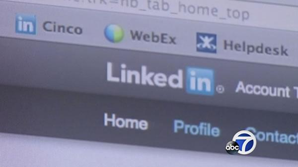 LinkedIn redesign better helps professionals