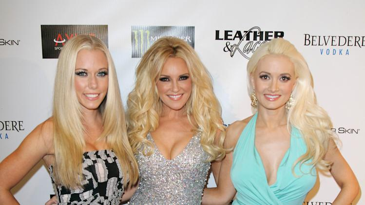 Laces Hosted By Kendra Wilkinson Bridget Marquardt Holly Madison