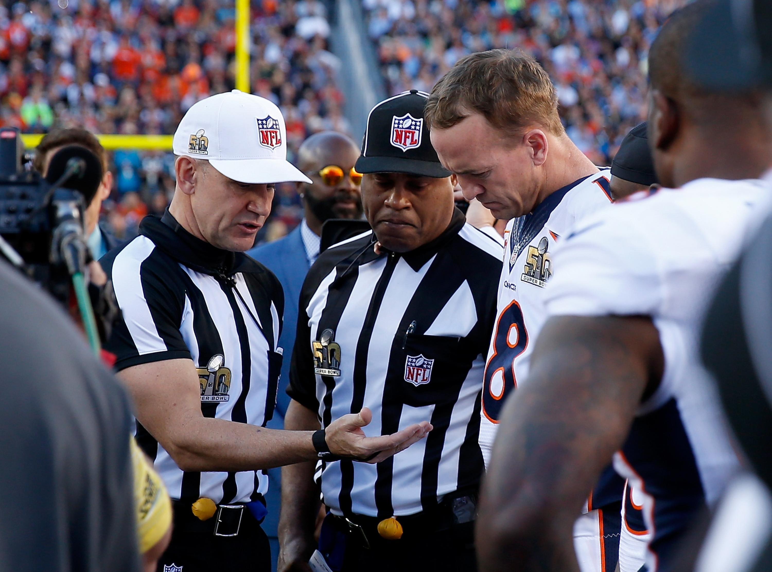 Meet Super Bowl 50 referee Clete Blakeman