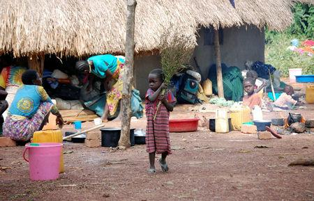 South Sudanese flee as country edges closer to 'genocide'