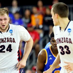 Gonzaga's big guys lead team to Elite Eight
