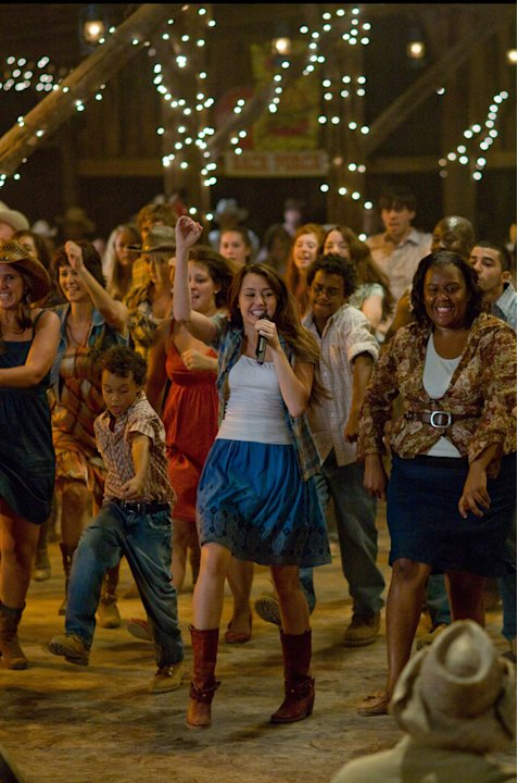 Hannah Montana The Movie Production Photos 2009 Walt Disney Pictures Miley Cyrus
