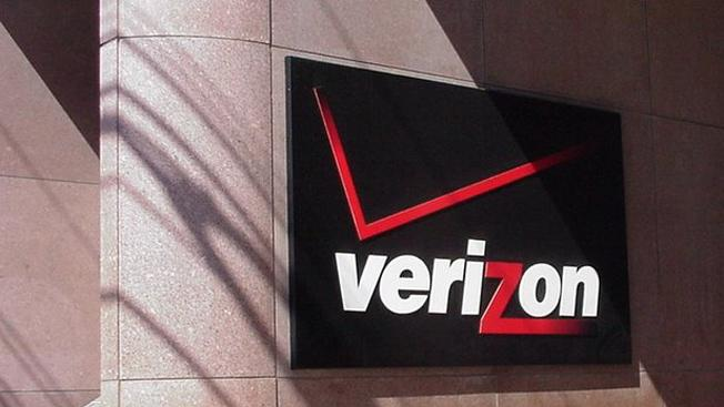 Verizon posts $1.83 billion Q2 profit on $28.6 billion in sales, smartphone penetration hits 50%