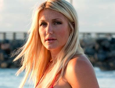 pst Brooke Hogan Miami Beach
