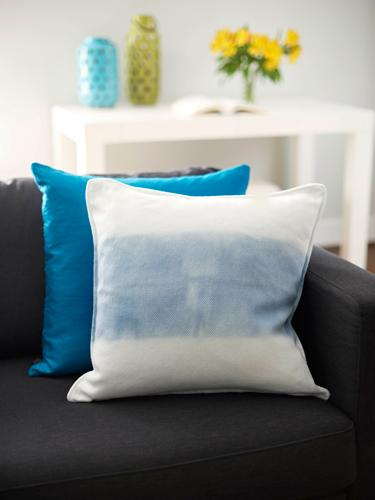 In 30 minutes...Chic up a pillowcase.