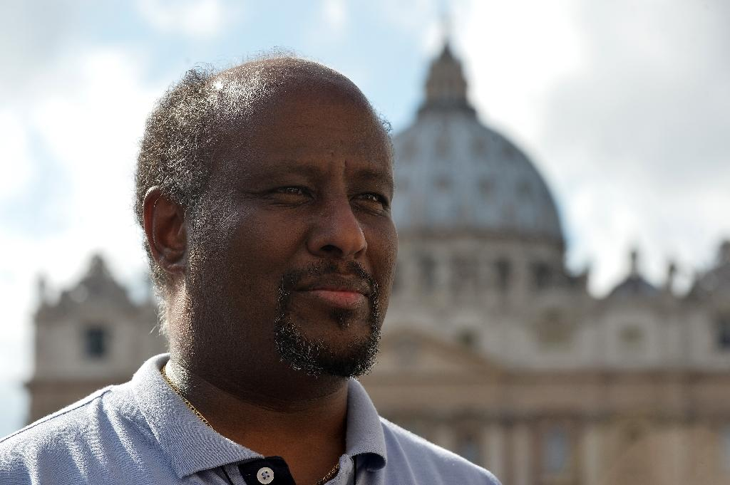 Mussie Zerai, Eritrean priest who saves migrants by phone